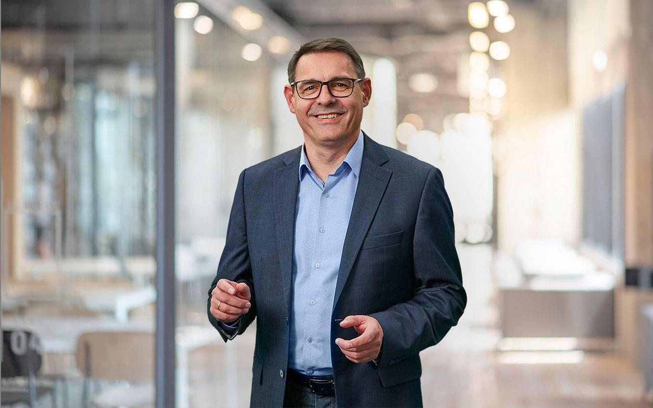 Lutz Pumpen | Marketingleiter Wolfgang Konrad