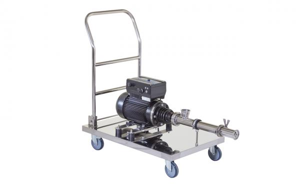 Exzenterschneckenpumpe B70H auf Rollwagen, als IBC Pumpe zum Abfüllen über Bodenablauf am Container geeignet